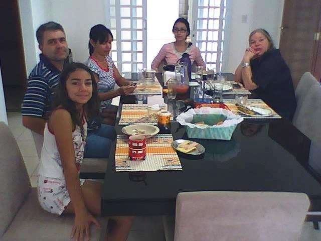 Família de meu irmão Geraldo na manhã de 19.01.2014