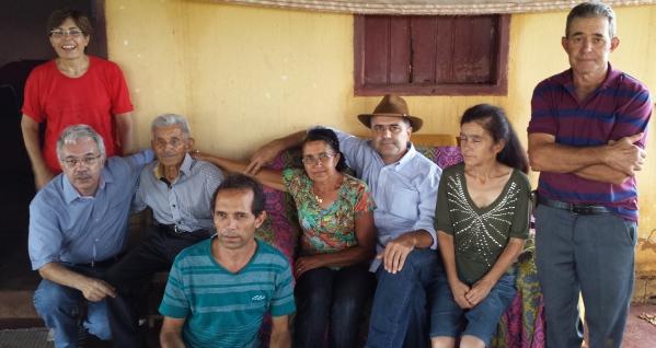 José Nicolau com 7 de seus 9 filhos no dia 16.01.2016