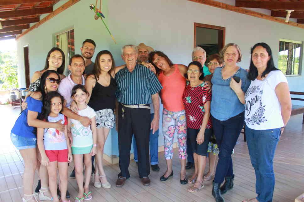 Com Dindinho, na festa dos 95 anos de papai: 19.01.2019
