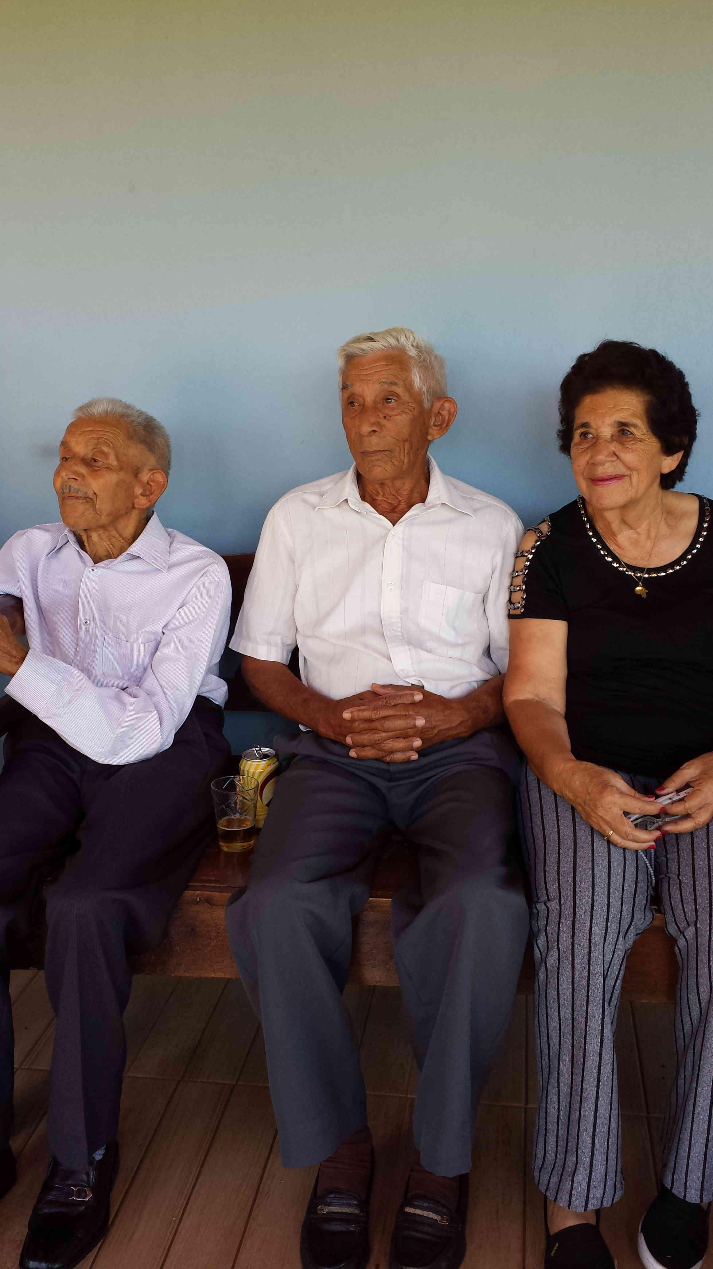 Três Nicolau: papai, tio Tonico e tia Fia