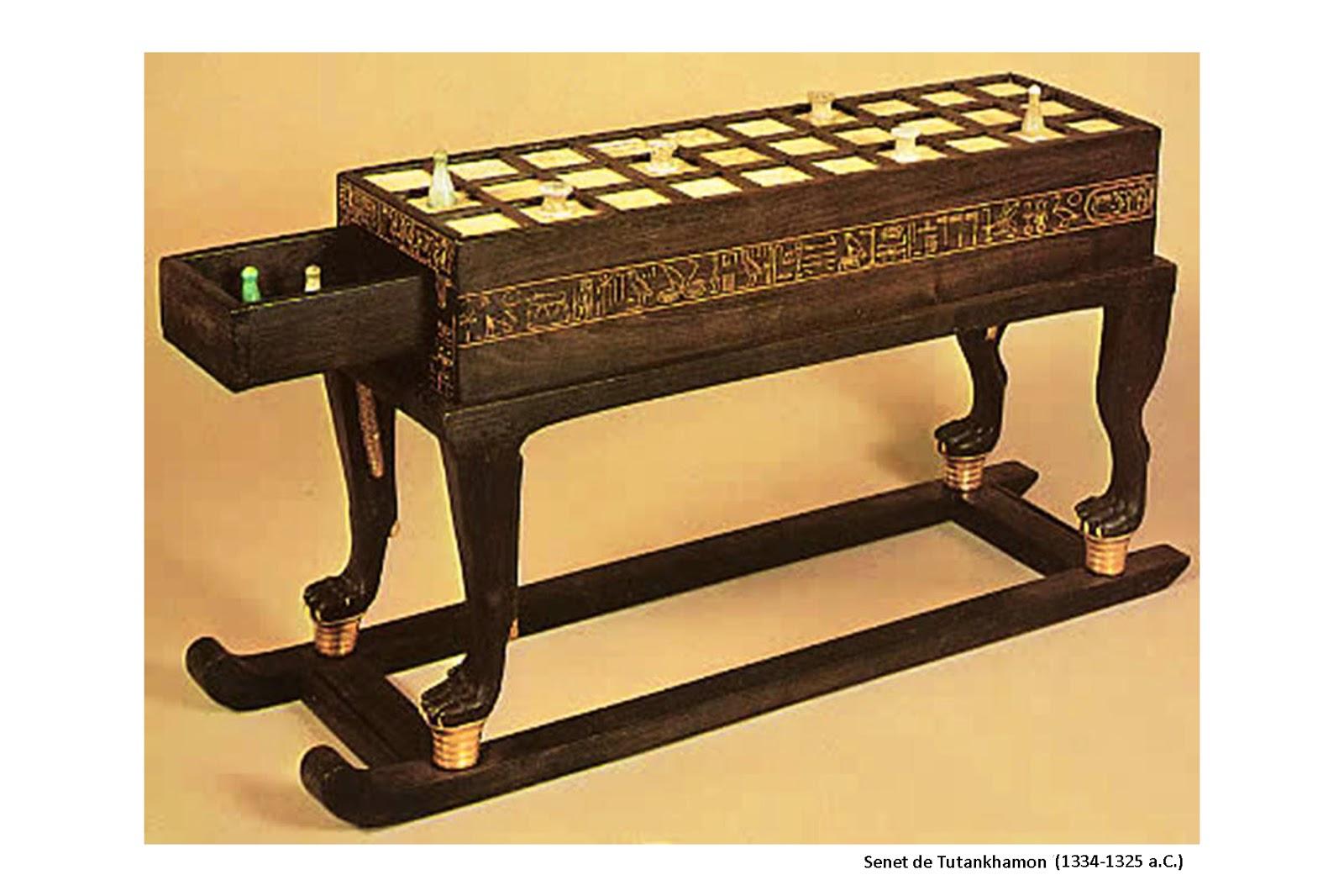 Senet de Tutankhamon (ca. 1332–1323 a.C.) - Museu Egípcio do Cairo
